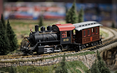Corner Field Model Railroad Museum and Hobby